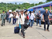 Decenas de miles de trabajadores extranjeros repatriados desde Tailandia