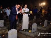 Rinden homenaje a voluntarios vietnamitas caídos en Laos