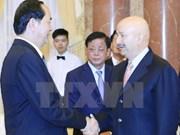 Presidente de Vietnam recibe a expresidente mexicano Carlos Salinas de Gortari