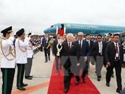 Secretario general del PCV parte de Hanoi para iniciar su visita a Camboya