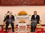 Máximo dirigente político de Vietnam se reúne con presidente del Senado camboyano