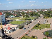 Edificación de casas a personas meritorias en Laos: reflejo de gratitud de Vietnam a antecesores