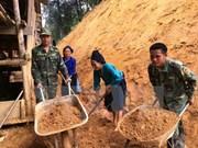 Premier vietnamita insta a acelerar mitigación de secuelas de inundaciones