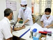 Cerca de 470 mil vietnamitas se benefician de chequeos médicos gratuitos
