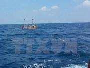Rescatados pescadores vietnamitas accidentados en el mar