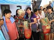 Unión de  Mujeres de Ciudad Ho Chi Minh ofrece asistencia a vietnamitas y camboyanos pobres