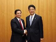 Japón seguirá estrechando cooperación con Vietnam, afirma Shinzo Abe