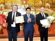 Hanoi reconoce aportes de ciudadanos franceses al desarrollo capitalino