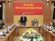 Presidente de Vietnam insta a construir un ejército revolucionario y moderno