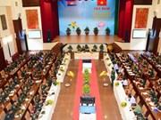 Oficiales jóvenes de Vietnam y Camboya sostienen intercambio