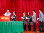 Comunidad vietnamita en Laos inicia campaña de donación para afectados por tifones