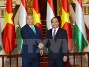 Premier de Hungría concluye visita a Vietnam