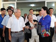 Presidenta del Parlamento de Vietnam dialoga con votantes de ciudad de Can Tho