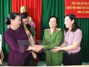 Dirigente parlamentaria dialoga con los votantes de la ciudad de Can Tho
