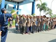 Indonesia libera a 239 pescadores vietnamitas
