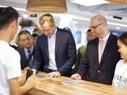 Uber inaugura centro de soporte para socios en Hanoi