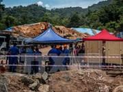 Malasia: 11 personas muertas y desaparecidas en deslizamiento de tierra