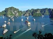 Estrechan control de servicios turísticos en Bahía Ha Long