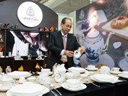 Celebran exposición de cerámica Minh Long en Semana de Cumbre del APEC