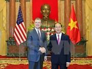 Presidente de Vietnam recibe a embajadores de Nigeria, Grecia y Estados Unidos