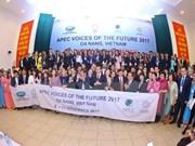 Delegación de jóvenes del APEC visita provincia de Quang Nam