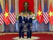 Presidente vietnamita sostiene conversaciones con su homólogo estadounidense, Donald Trump