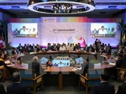 Premier vietnamita asiste a inauguración de XXXI Cumbre de ASEAN en Filipinas