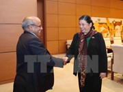 Vicepresidenta del Parlamento vietnamita dialoga con representante de UNICEF