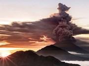 Indonesia: Alerta al máximo nivel en Bali por volcán Agung