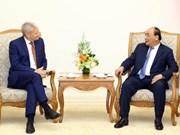 Premier vietnamita recibe al ejecutivo del grupo australiano Sakkara