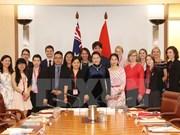 Presidenta del parlamento vietnamita destaca papel de estudiantes australianas al desarrollo de relación bilateral