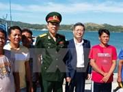 Filipinas repatría cinco pescadores vietnamitas