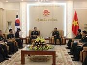 Vietnam y Sudcorea estrechan lazos militares