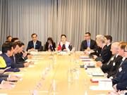 Vietnam mira hacia estándares de OCDE sobre entorno de negocios, dijo presidenta del Parlamento