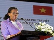 Vietnam honra a embajadora de Sudáfrica con insignia de amistad