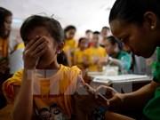 Filipinas suspende uso de vacuna Dengvaxia