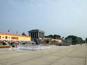 Veteranos de guerra honran al presidente Ho Chi Minh
