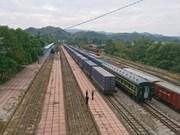 Inauguran servicio ferroviario de carga entre ciudades de Vietnam y China