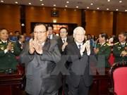 Máximo dirigente partidista de Laos se reúne con excombatientes internacionalistas vietnamitas