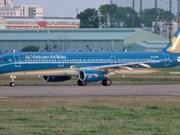 Suspenden diversos vuelos a localidades sureñas vietnamitas por tifón Tembin