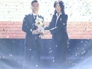 Dinh Thanh Trung gana el Balón de Oro vietnamita
