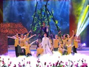 Efectúan en Hanoi actuación artística en ocasión de fundación de PCV