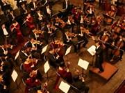 Celebran en Ciudad Ho Chi Minh concierto de música clásica