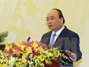 Premier vietnamita urge mayores esfuerzos por garantizar estabilidad financiera