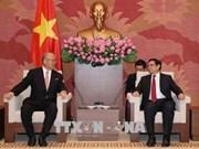 Vietnam y Japón promueven intercambios de amistad