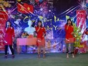 Estudiantes vietnamitas en Camboya se reúnen con motivo del Tet