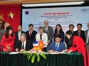 Vietnam y Francia agilizan colaboración en lucha contra VIH/AIDS