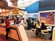 Difunden servicios de Vietnam Airlines en Feria Internacional de Turismo en España