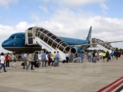 Quang Ninh y Vietnam Airlines establecen cooperación estratégica