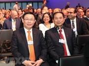 Vietnam activo en reunión Davos del FEM
